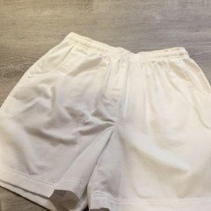 Studio Works Petite…Classic white shorts…